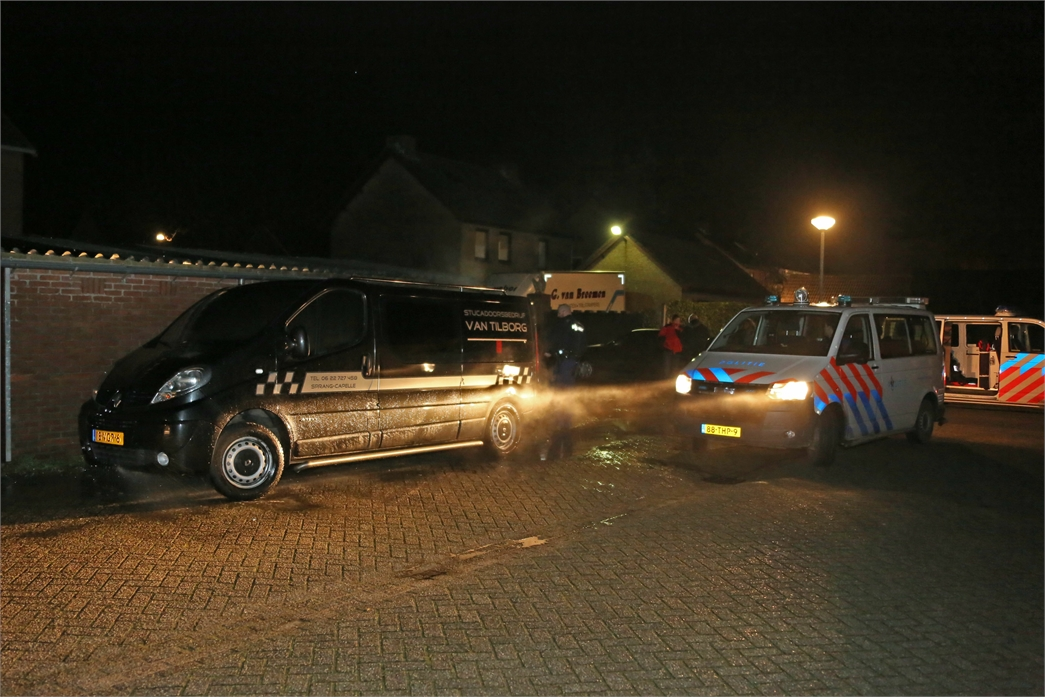 2014-02-02 0207 Sprang Capelle Kennedystraat autobrand